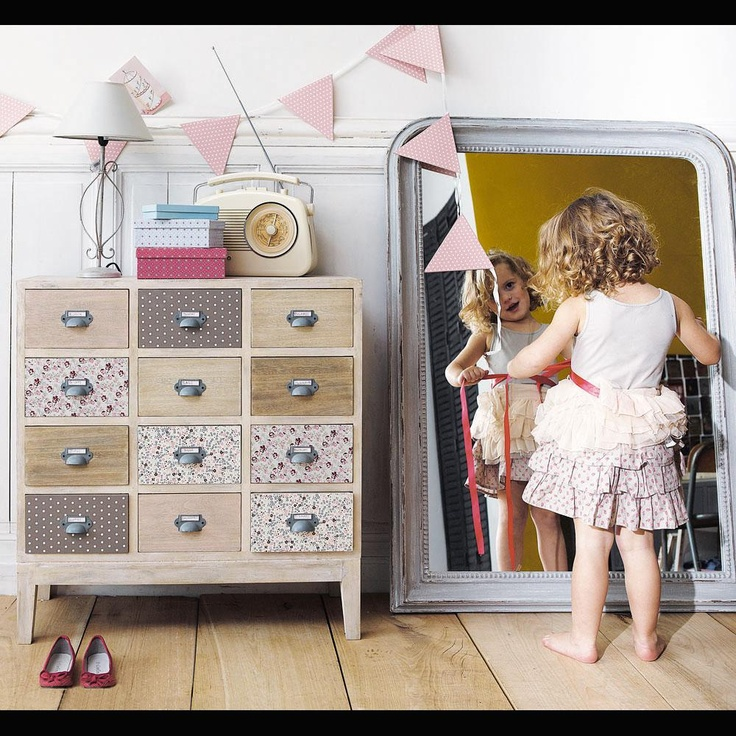 mirror on the floor in a little girls' room so they can play dress up - use an orphaned mirror from a thrift store