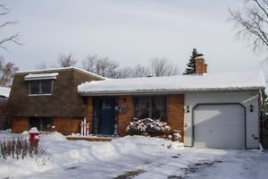 Beautiful and Affordable Living in Lindsay On