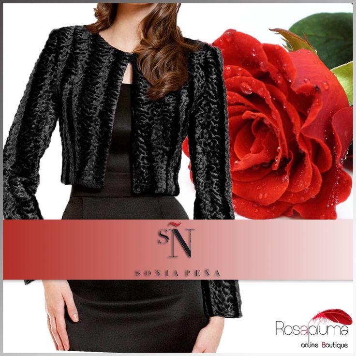 A San Valentino stupisci il tuo amore con questo bolero in pelliccia Sonia Peña: il design raffinato nella sensualissima nuance del nero, esalterà al massimo la tua bellezza.  #Rosapiumaboutique >> http://bit.ly/1Qa9rns  #valentinesday #sanvalentino #love #instalove #soniapena #donna #moda