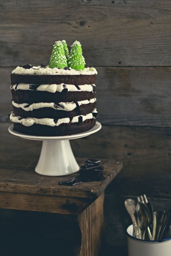 torta cioccolato e menta ~ Chocolate & Mint Cake with After Eight mints and mascarpone