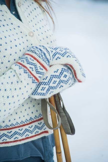 Du Store Alpakka katalogen Minimaskerader indeholder flotte nordiske opskrifter: http://www.dustorealpakka.no/vaare-oppskrifter/minimaskerader/minimaskerader-07/