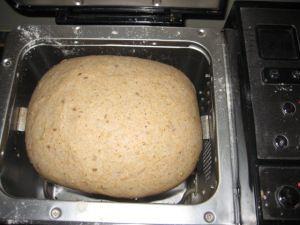 Whole wheat honey bread machine bread