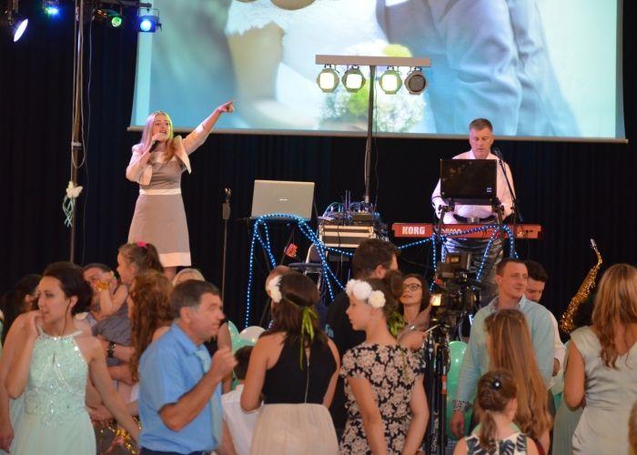 """Musikband """"Celebrate"""" Russhochzeiten mit Live Gasang, Live Saxophon, Knopfakkordeon und vieles Mehr aus Erfurt, Thüringen und Deutschlandweit."""