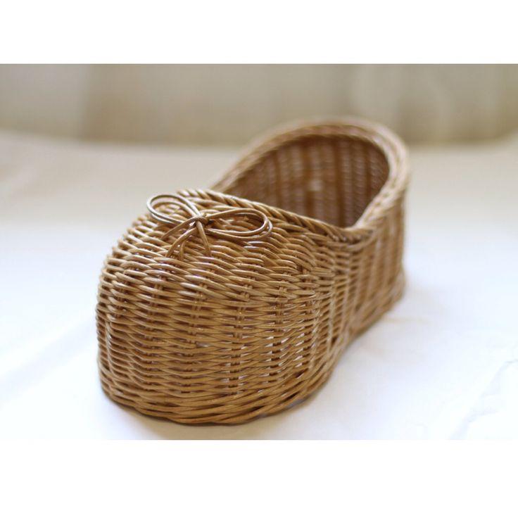 Rattan shoes