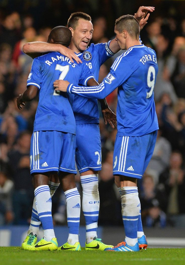 Fernando Torres Ramires And John Terry Celebrate Win Over Manchester City Chelsea 2