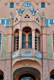 Ayuntamiento , Kecskemet, 1893. Odon Lechner. Odon Lechner es, sin lugar a dudas, la figura más representativa de la arquitectura de la Secesión en Budapest y en algunas ciudades de la antigua Hungría.