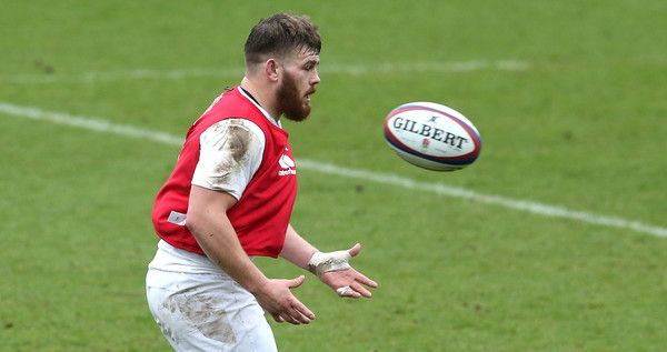 Luke Cowan-Dickie Photos Photos - Luke Cowan-Dickie catches the ball during the England training session held at Pennyhill Park on March 10, 2016 in Bagshot, England. - England Media Access