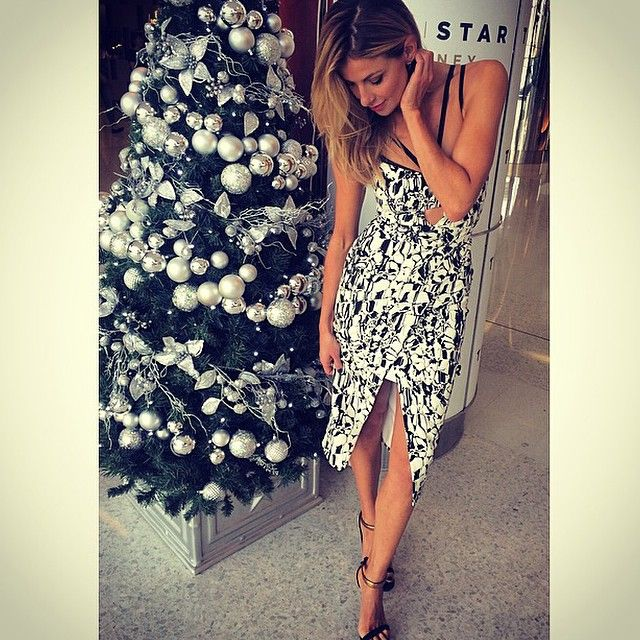 Laura Csortan.. #shopbyheart #gingerandsmart #gucci