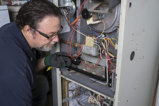 How To Relight An Automatic Pilot Light Furnace Repair Heating