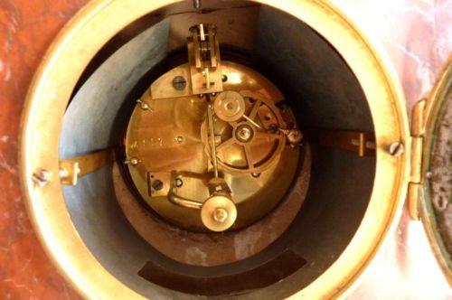 Pendule-fin-XIXeme-marbre-et-garniture-bronze-a-restaurer-ref-194