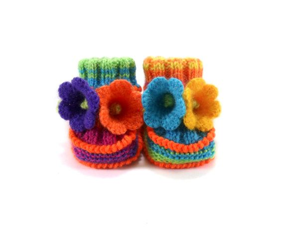 Hey, I found this really awesome Etsy listing at https://www.etsy.com/listing/203260363/hand-knitted-baby-booties-with-crochet