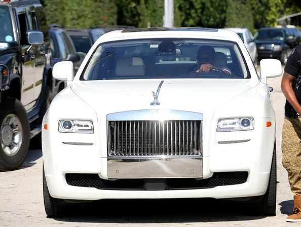 Jamie Foxx driving a Rolls Royce Ghost in Miami