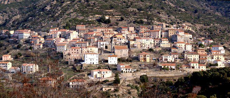 Région de Ponte-Leccia - Pietralba Panorama du village de Teto