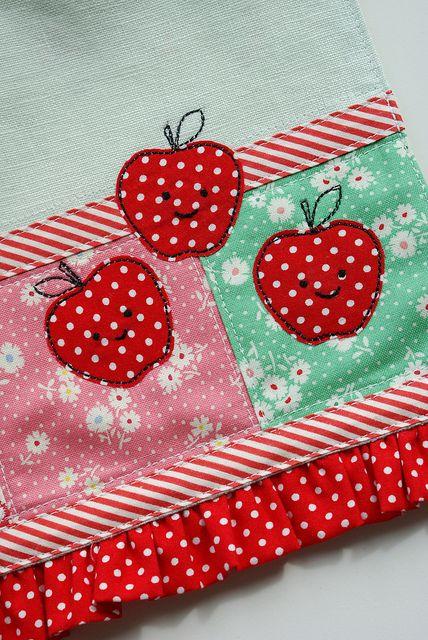 Cute apples by nanaCompany.