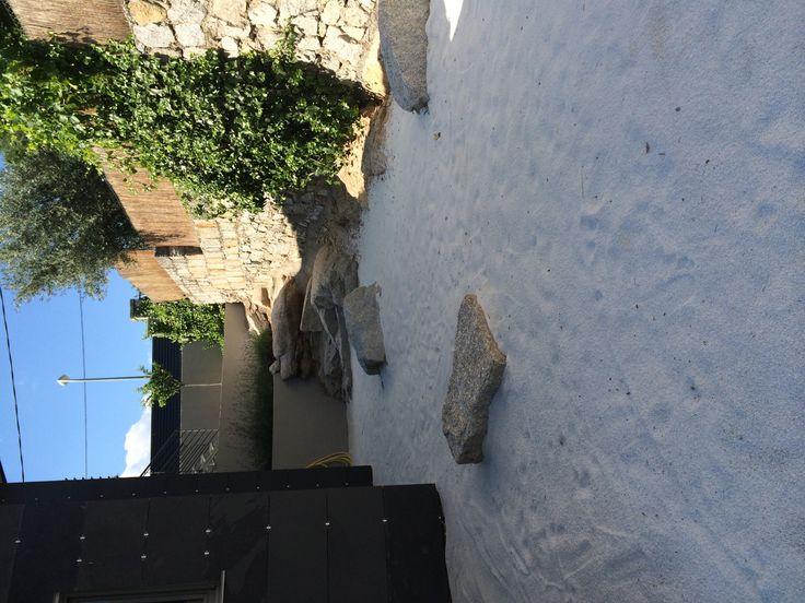 Jard n japon s seco con piedra blanca jardin pinterest - Jardin piedras blancas ...