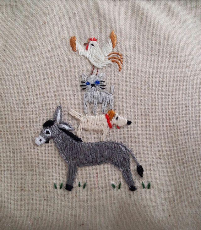 【leoleo702様ご予約品】「ブレーメンの音楽隊」の刺繍がま口ポーチ