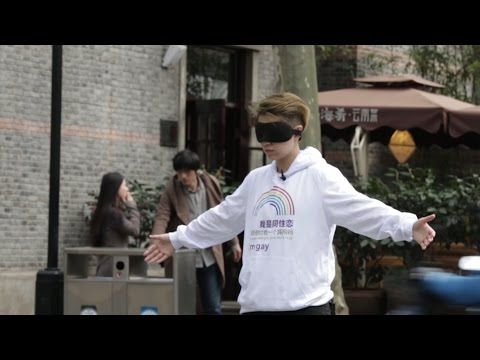 """(584) Social Experiment in China -- """"I'm gay, would you hug me""""  
