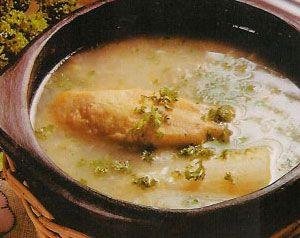 El Sancocho de pescado es un plato típico de las Costas Colombianas , tiene algunas variaciones de acuerdo a la Región, pero su esencia es...