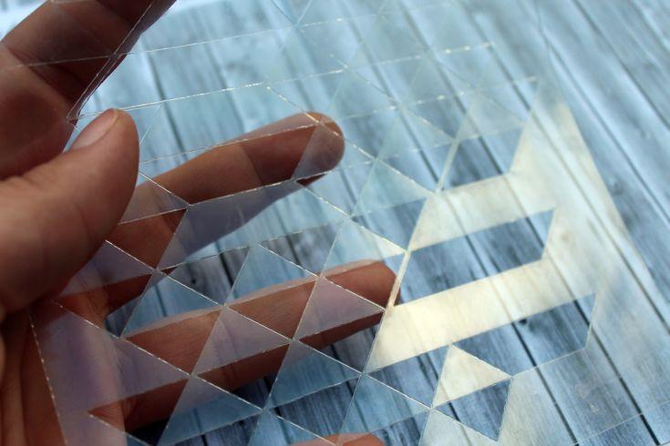 NőiCsizma | Geometrikus stencil- háromszögek 14*14 cm-es