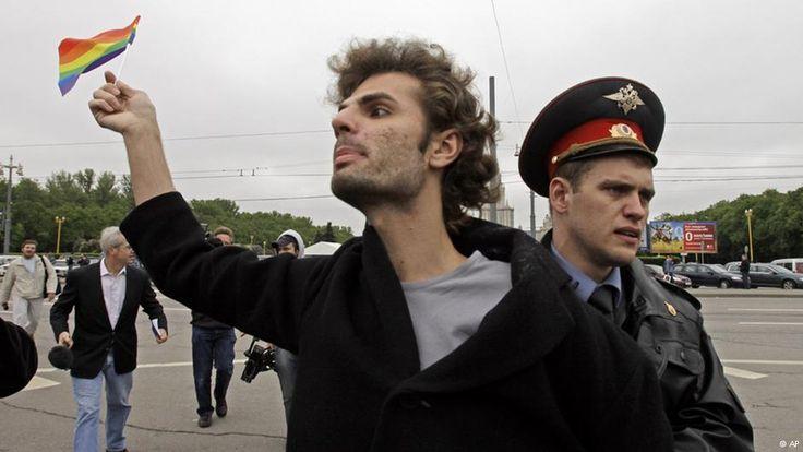 гей активисты России: 21 тыс изображений найдено в Яндекс.Картинках