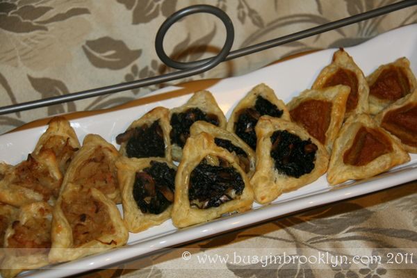 Savory hamantaschen recipes using puff pastry dough! cabbage, spinach-mushroom, and pumpkin fillings.: Kosher Recipes, Hamantaschen Recipes, Jewish Recipes, Pumpkin Fillings