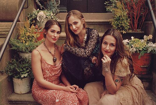 {dF} Duchess Fare: All In The Family....