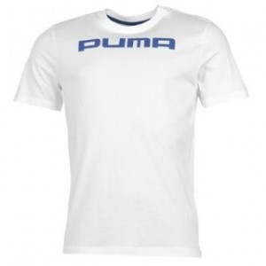 Potrivit pentru purtarea zi de zi, tricoul Puma Athletic ofera o senzatie sportiva gratie logo-ului Puma de pe piept si a broderiei Puma de la ceafa tricoului. Tricoul este completat de faptul ca este din material 100% bumbac si prezinta nervuri la guler.