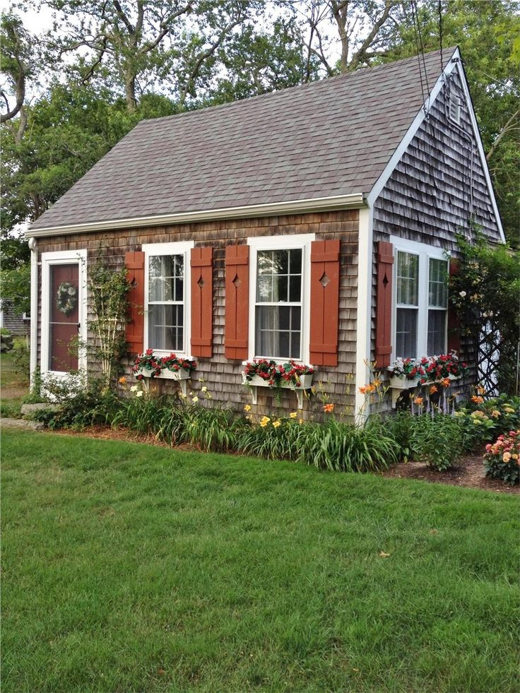Adorable Cottage located on 4.5 acres and pond. Barnstable, Cape Cod vacation rental on WeNeedaVacation.com ID 24075