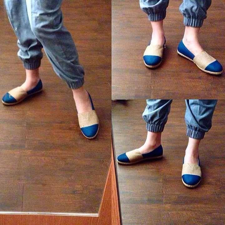 Edwina Teal  Model sporty yang lainnya Edwina dengan warna teal blue dari bahan tenun Jepara polos dan goni. Model2 sporty ini dibuat atas permintaan abege kesayangan .. hehehe.. Masih dalam limited stock ya.. so grab it fast ya kak.. #loafers #shoes #shoesoftheday #handmadeshoes #burlap #madeinIndonesia #sepatu #tenunjepara #ootdindo #supportlocal #lovehandmade #handmade