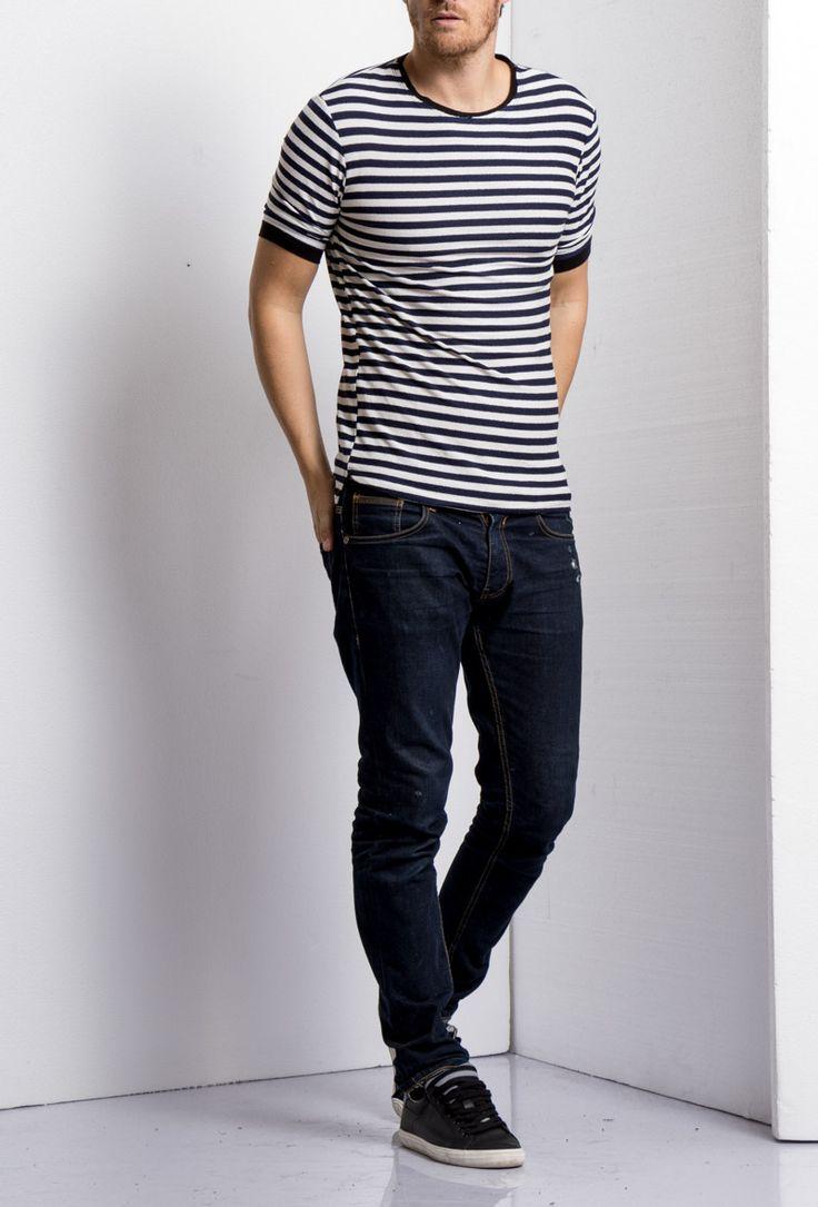 T-shirt à rayures style marinière – Bleu marine