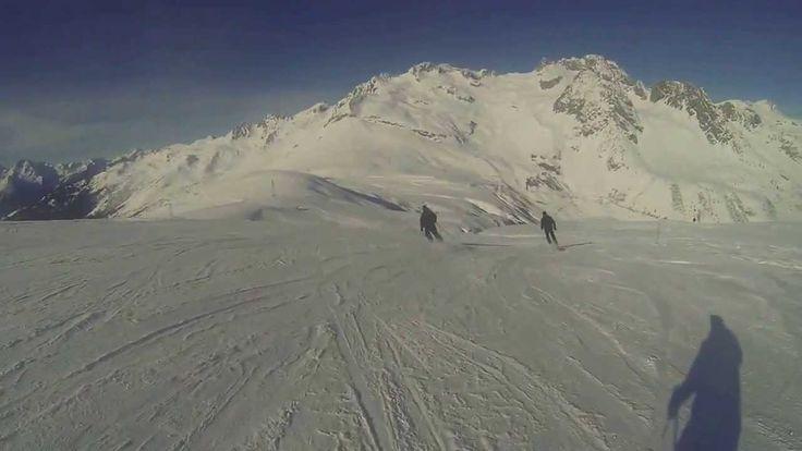 Valmorel Janvier 2014  TEST SKI Descente du Col de La Madeleine... Enjoy...