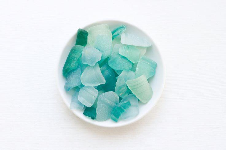 Japanese Aquamarine Bottle Rim Lips Sea Glass, Bulk 20 pieces,Beach Finds,Coastal Home Decor,Nature Art,Craft Supply,Mosaic,Rare Sea glass by ReverseGem on Etsy