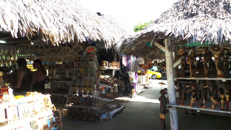 best place for souvenir, Varadero Downtown By: vngtheoriginal