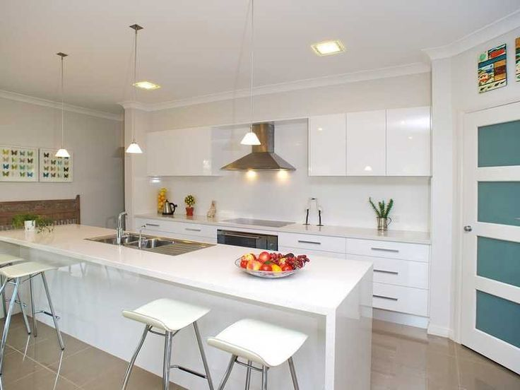 Down lighting in a kitchen design from an Australian home - Kitchen Photo 655916
