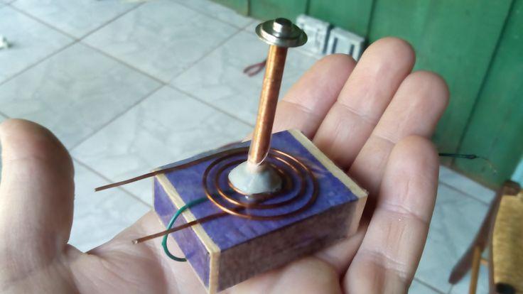 Micro bobina de tesla I (micro tesla coil)