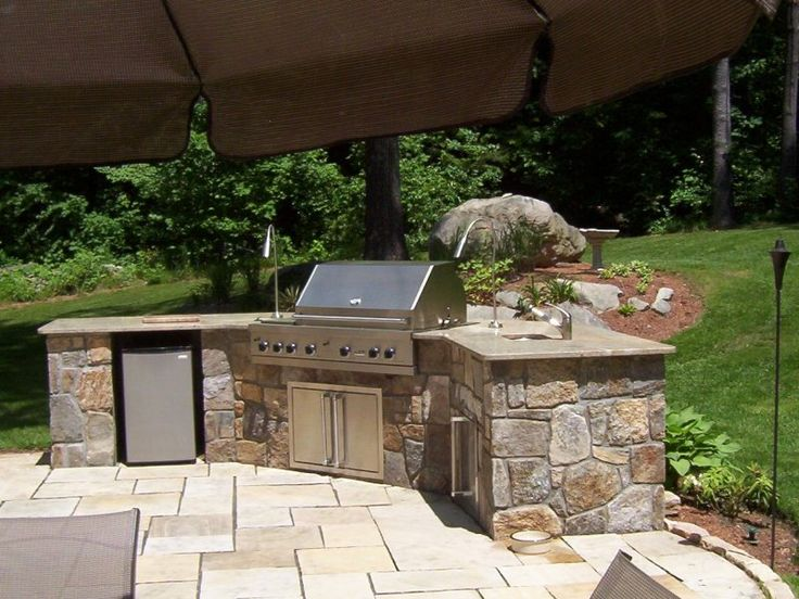 5 Tips for Planning to Build an Outdoor Kitchen