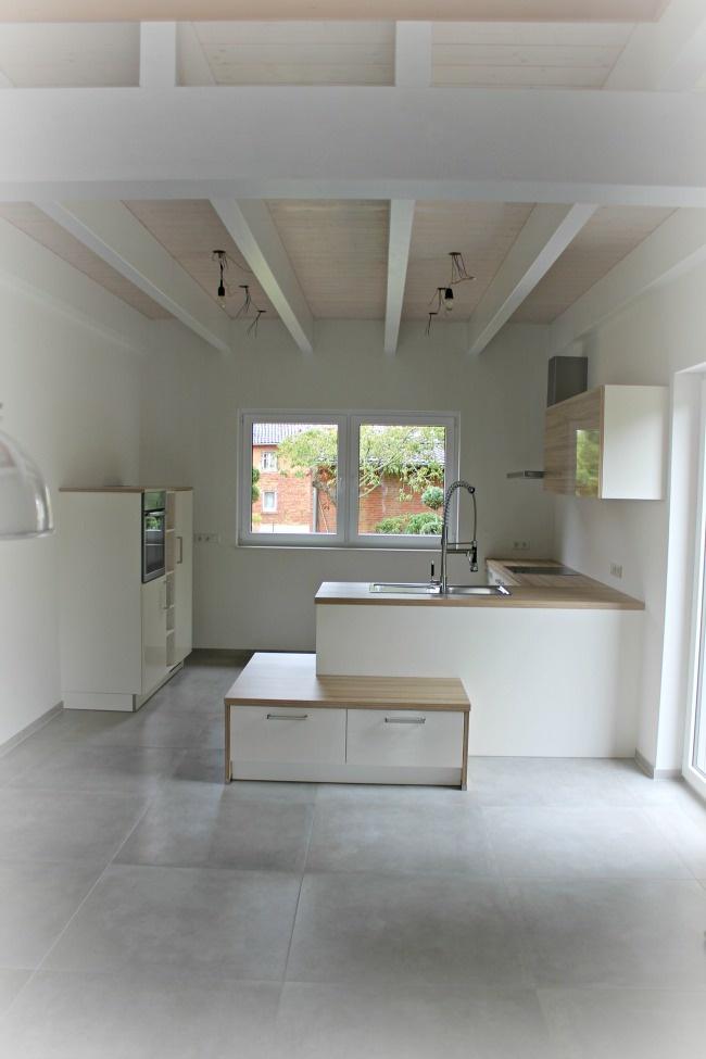 white kitchen / küche
