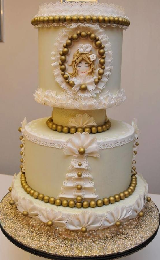 Vintage Lace Cake Decorating : 1000+ images about Lace Cakes on Pinterest Lace Wedding ...