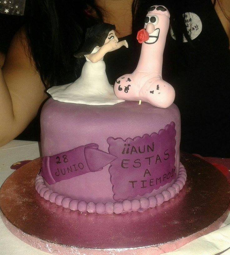 Tarta Despedida de Soltera.  Bridal Shower Cake. #BridalShower #DespedidaSoltera #Cake #fondant #dessert elatlasdelasnubes.wordpress.com                                                                                                                                                     Más