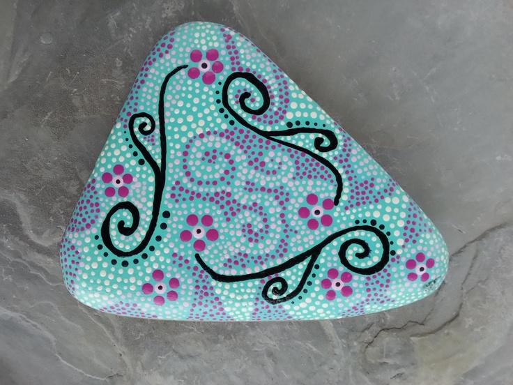 Beach Stone Art by TheLakeshoreStore