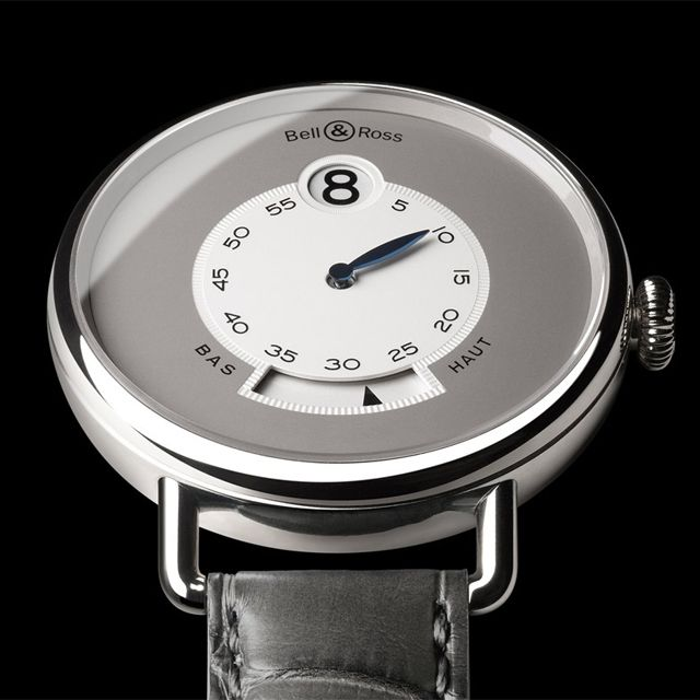 Simple is good. Bell and Ross WW1 Heure Sautante Platinum