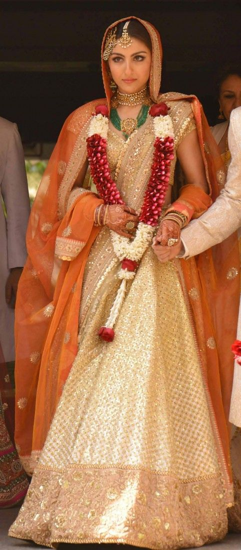 Soha Ali Khan on her wedding day wearing Sabyasachi