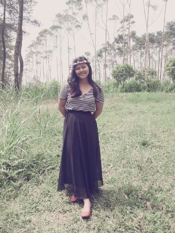 #flower #crown Tshirt by Fred Perry, Skirt by me, Shoes by Cloi. yeay