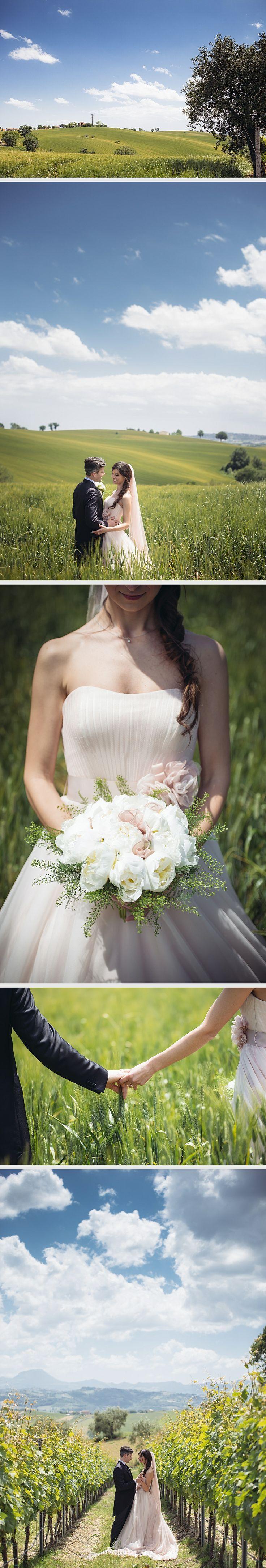 Wedding in Serra de Conti (Ancona) - Marche www.aberrazionicromatiche.com #matrimonio #wedding #weddinginspiration #country #lemarche