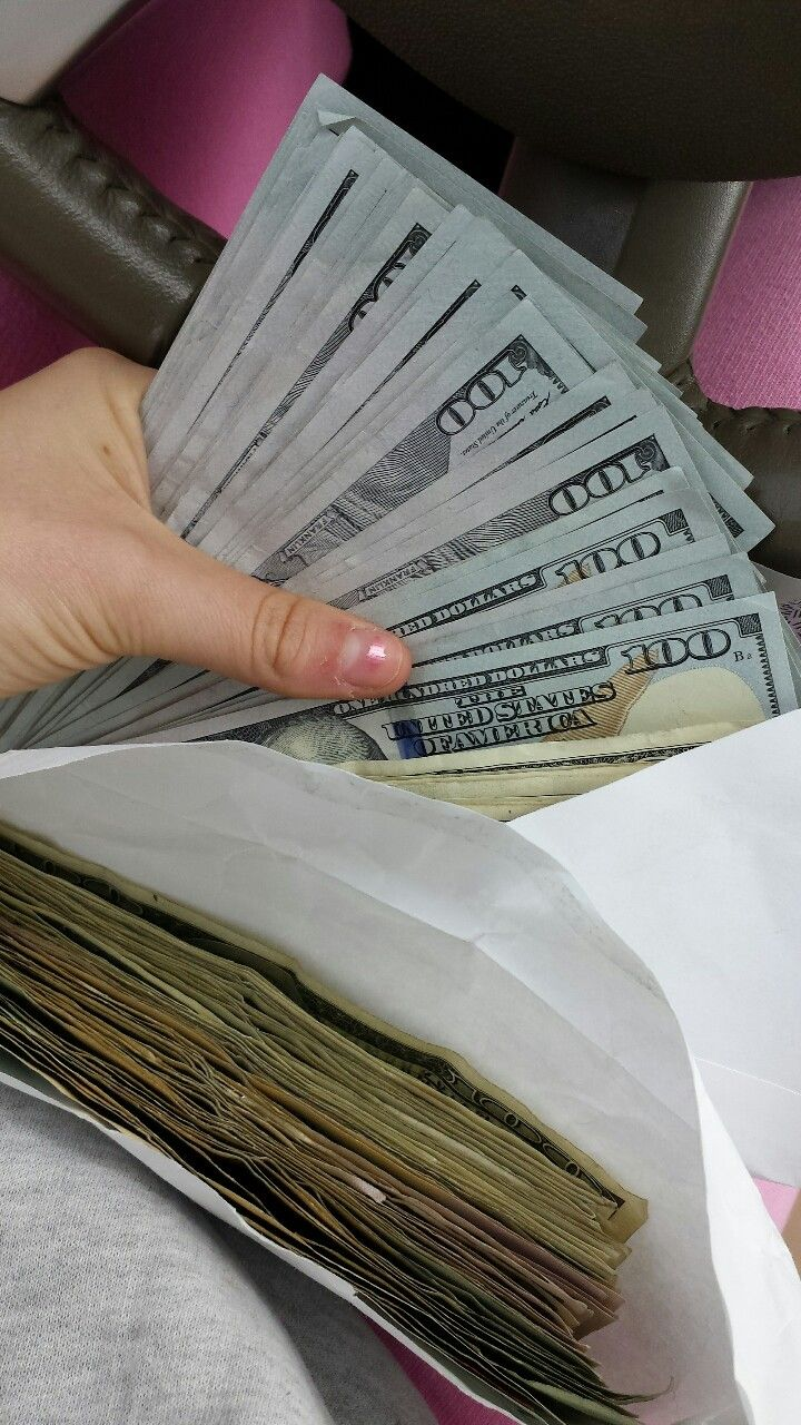 Pengar älskar mig och dras till mig i lavinartade belopp varje dag så är det:-)