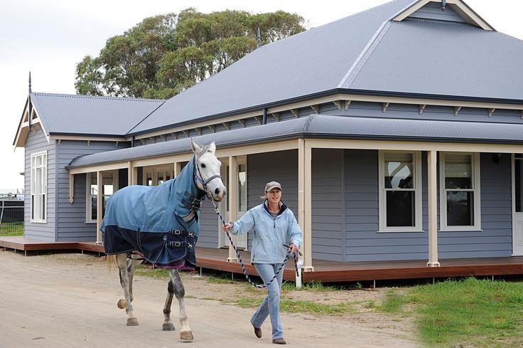http://www.grandviewfarmhomes.com.au/images/large/goolwa/GrandviewFarmHomes-Goolwa(15).jpg