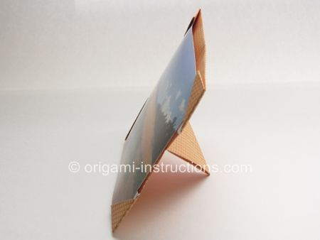 Origami Photo Stand