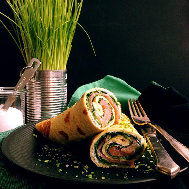 Æggewrap med laks, spinat og flødeost