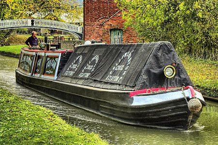 narrow boat vulcan near braunston junction, uk.