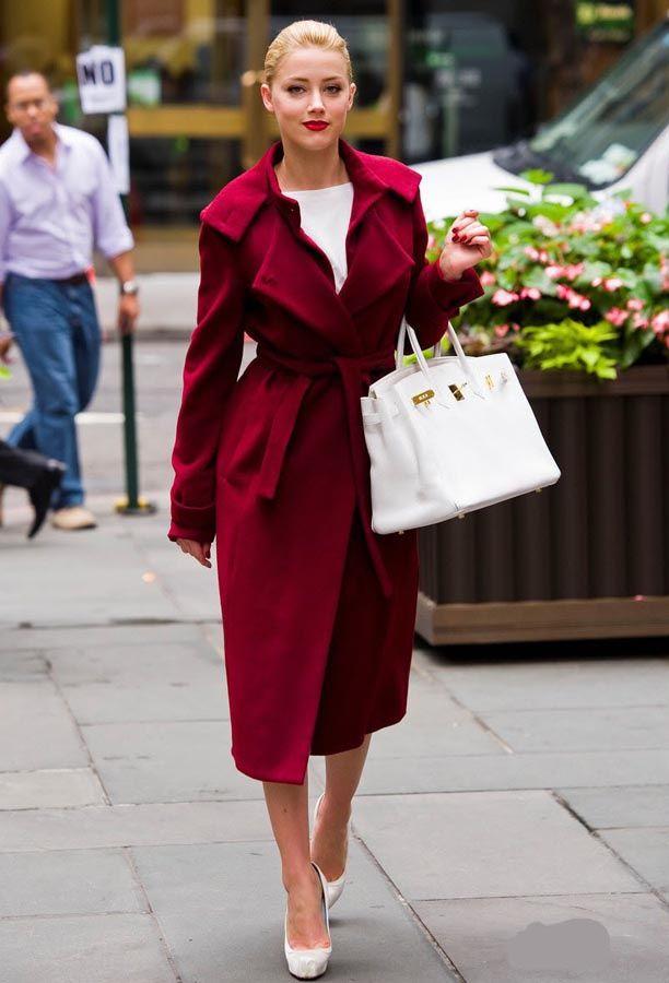 Blanco puro: El bolso it de las mujeres con estilo AMBER HEARD